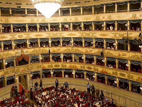 teatro dante alighieri ravenna foto